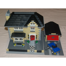 4954 - Model Town House