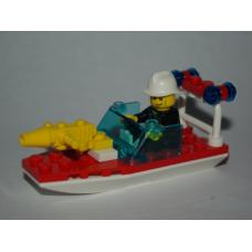 4992 - Fire Boat